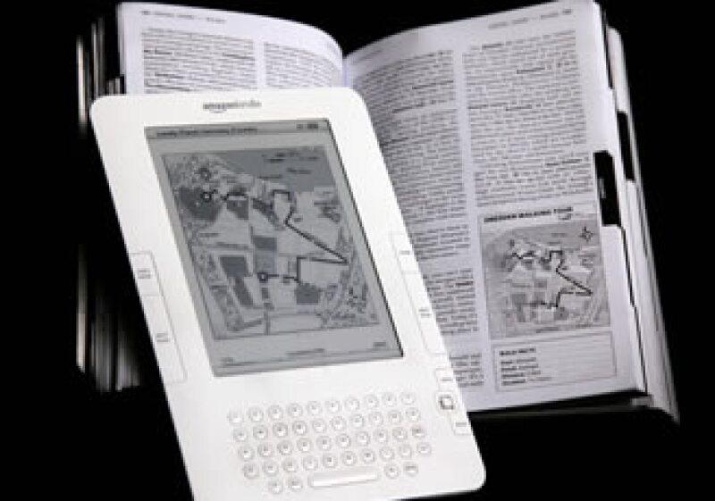 El dispositivo que permite leer libros digitales costará 25 dólares menos que el precio original. (Foto: AP)