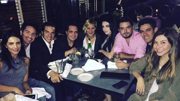 Los hermanos Derbez junto con amigos e influencers se reunen en L.A. además Miley Cyrus se desnuda en instagram y Horacio Pancheri y José Ron comparten una gran pasión.