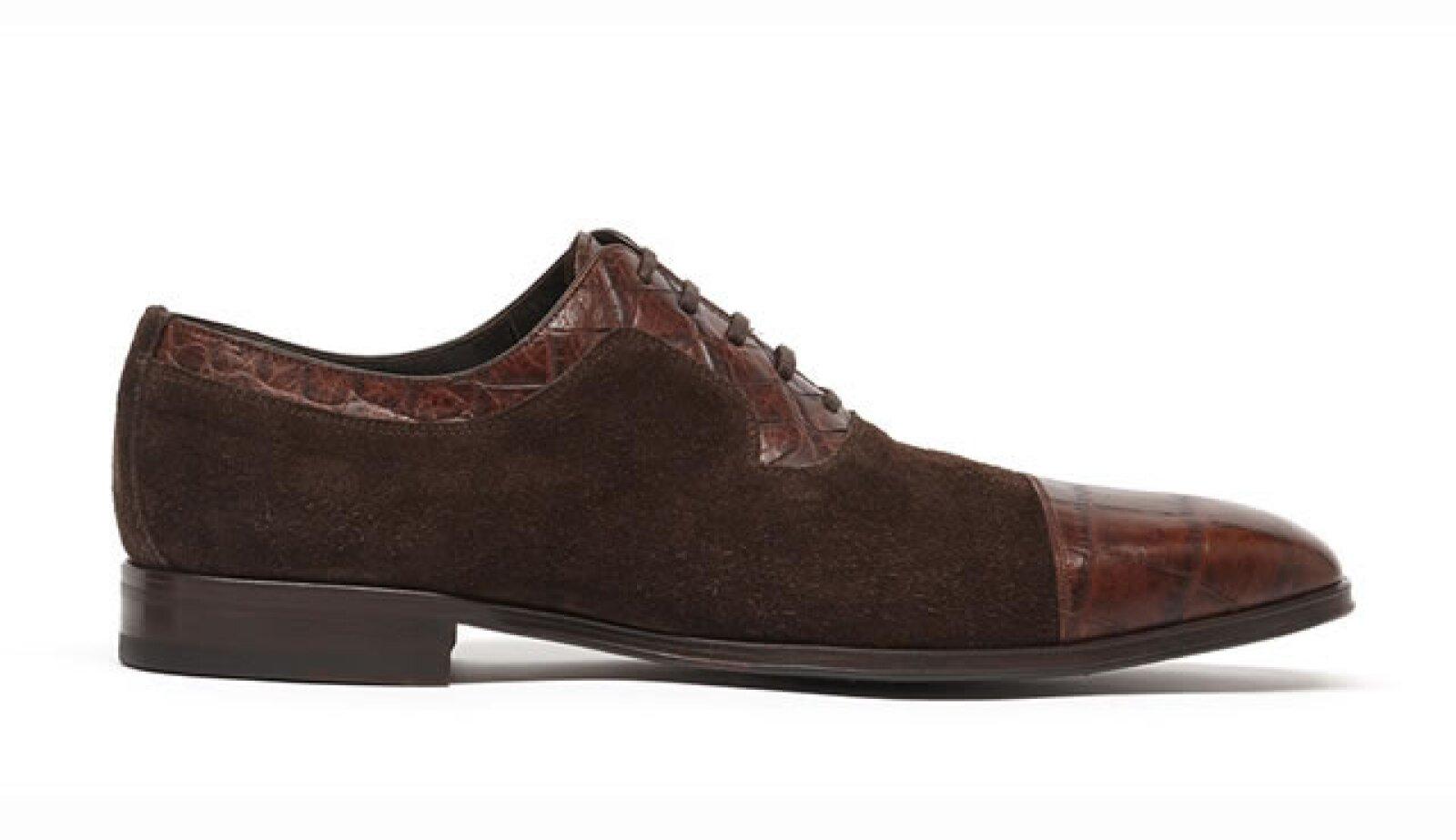 Zapatos Inglés de Prada Mx. $6,390 pesos. Boutique CC Santa Fe.