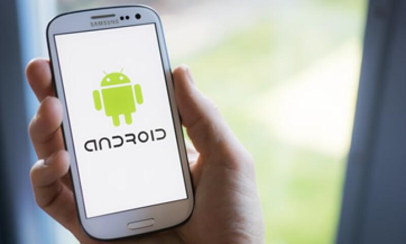 Esta vulnerabilidad de Android guarda similitud con el reciente hackeo que sufrieron los teléfonos de Apple. (Foto: shutterstock.com )