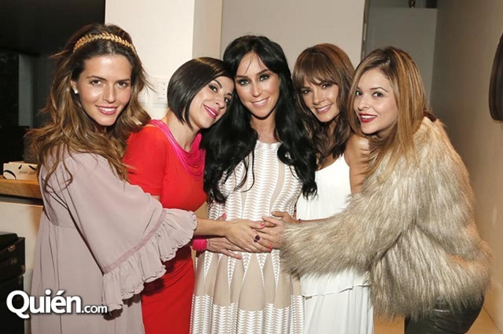 Claudia Álvarez, Heydee Hofmann, Inés Gómez Mont, Rossana Nájera y Grettell Valdéz