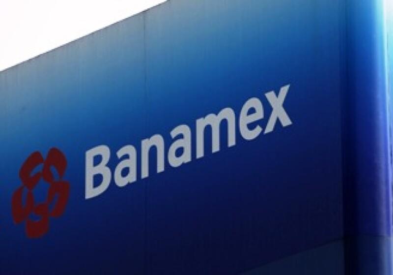 Las leyes mexicanas prohíben que una autoridad extranjera tenga participación accionaria en bancos mexicanos. (Foto: AP)