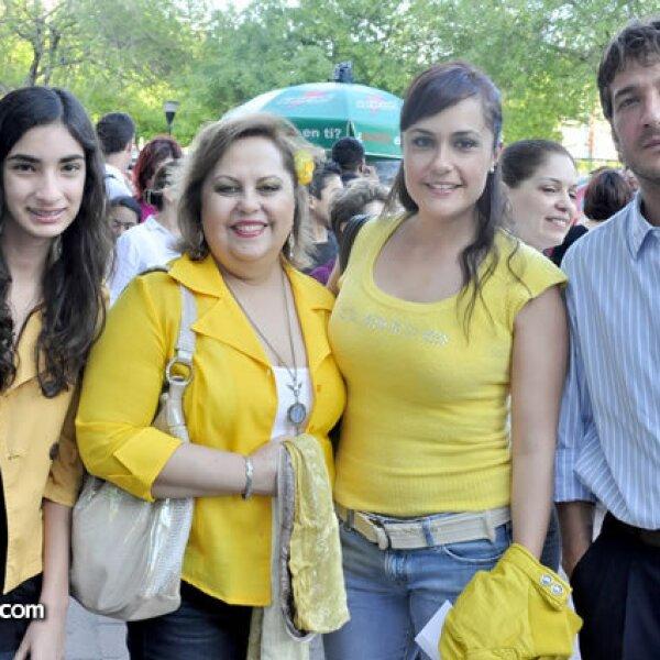 Frida Castorra, Ely de Elizondo, Susana Elizondo y Pepe Chapa