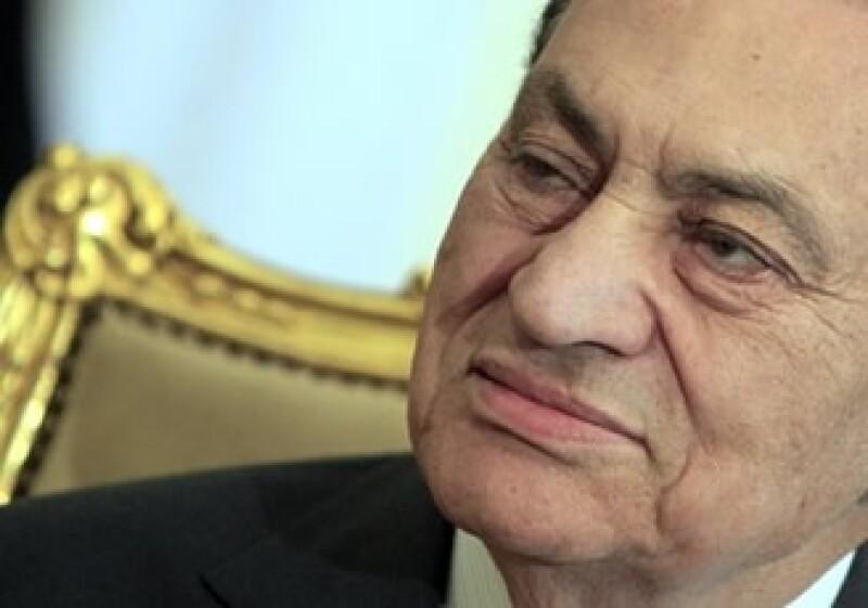 """En el libro """"La caída del Faraón"""" se maneja también esta cifra, que sitúa a Mubarak como el más rico del mundo. (Foto: AP)"""