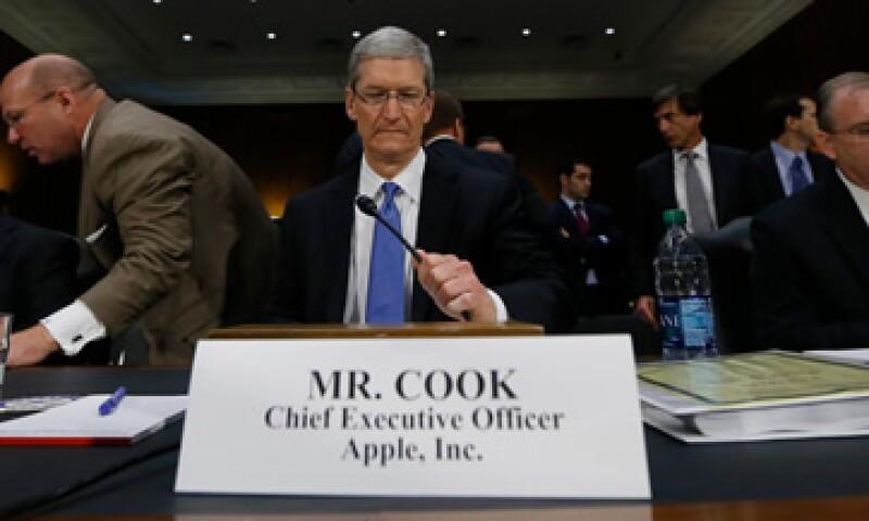 Tim Cook enfrenta hoy cuestionamientos del Congreso por las prácticas fiscales de Apple. (Foto: Reuters)