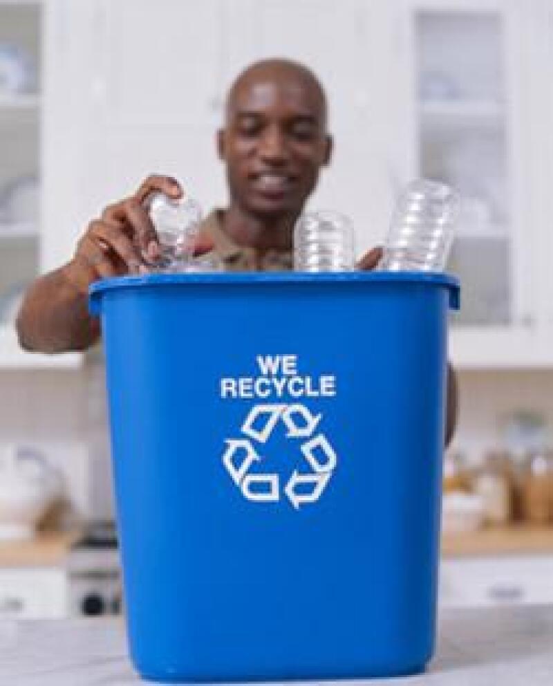 reciclaje-plastico-botellas-pet