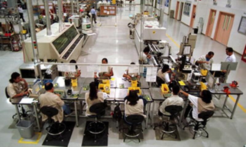 Objetos como luces de automóviles, refrigeradores o BlackBerries se fabrican en Ciudad Juárez. (Foto: Getty Images)