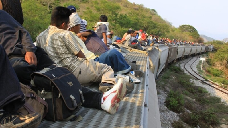 Un grupo de migrantes que atravesó la frontera sur de México en busca del ?sueño americano? en Estados Unidos