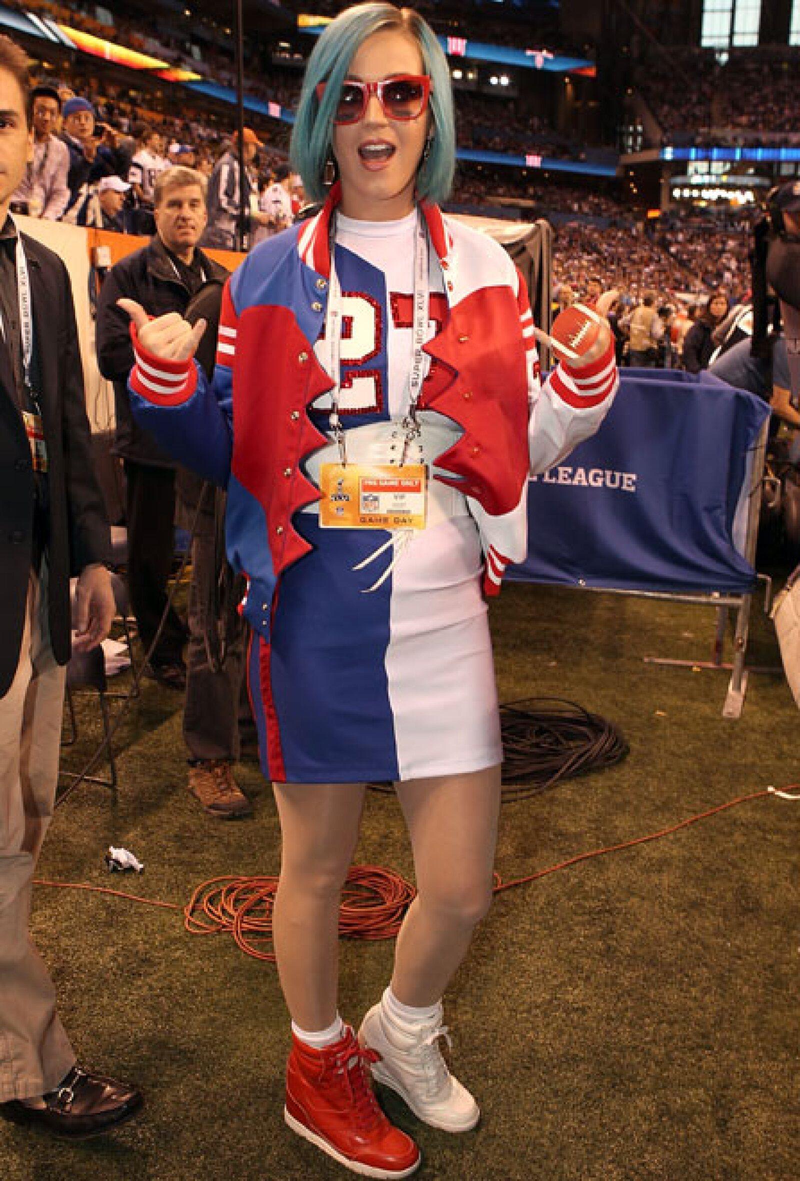 Katy Perry acaparó los reflectores durante la final entre Patriotas y Gigantes.