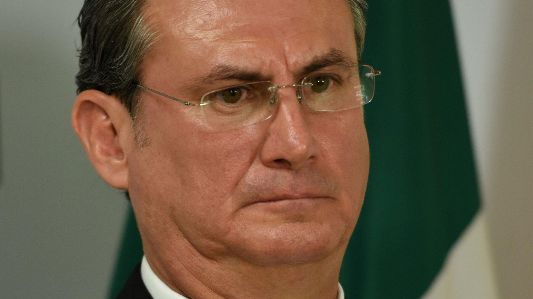 Mariano Gómez Aguirre (izquierda)