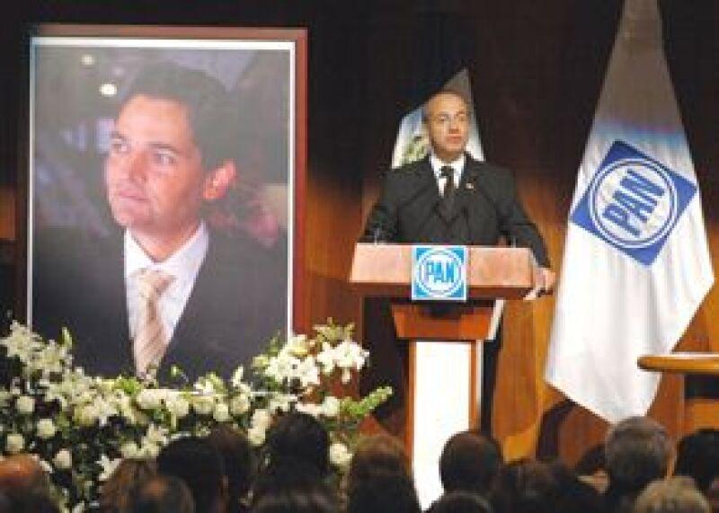 El presidente Felipe Calderón Hinojosa y la cúpula del Partido Acción Nacional del país  recordaron al fallecido secretario de Gobernación.