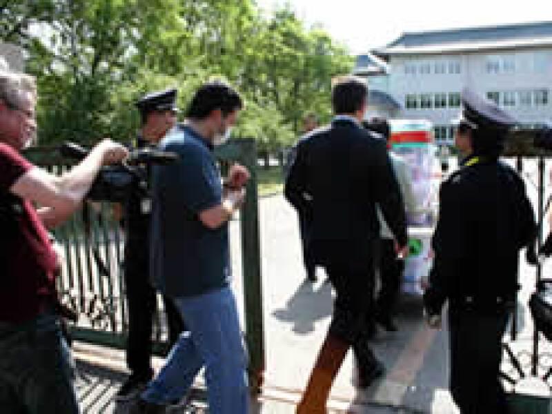 Los mexicanos fueron trasladados a un hotel. (Foto: Notimex)