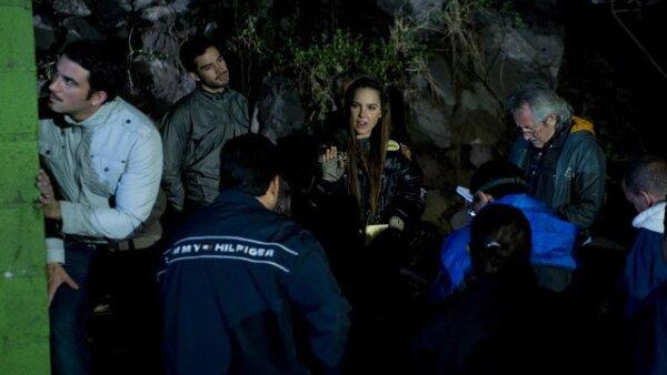 Luego de que el distanciamiento entre Belinda, protagonista de la telenovela Camaleones, y su novio, el futbolista Giovani Dos Santos, se hiciera público, la actriz ha decidido enfocar todas sus energías en su carrera.