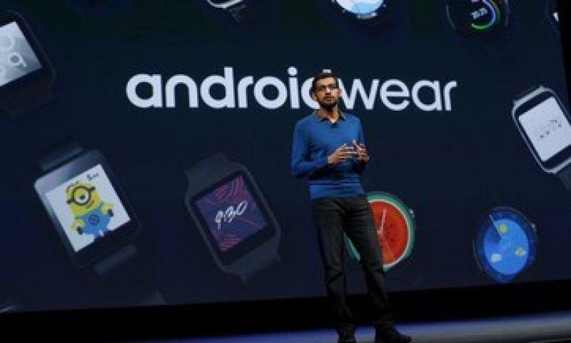 Google anunció este jueves la llegada de nuevas aplicaciones para sus relojes inteligentes. (Foto: Reuters )