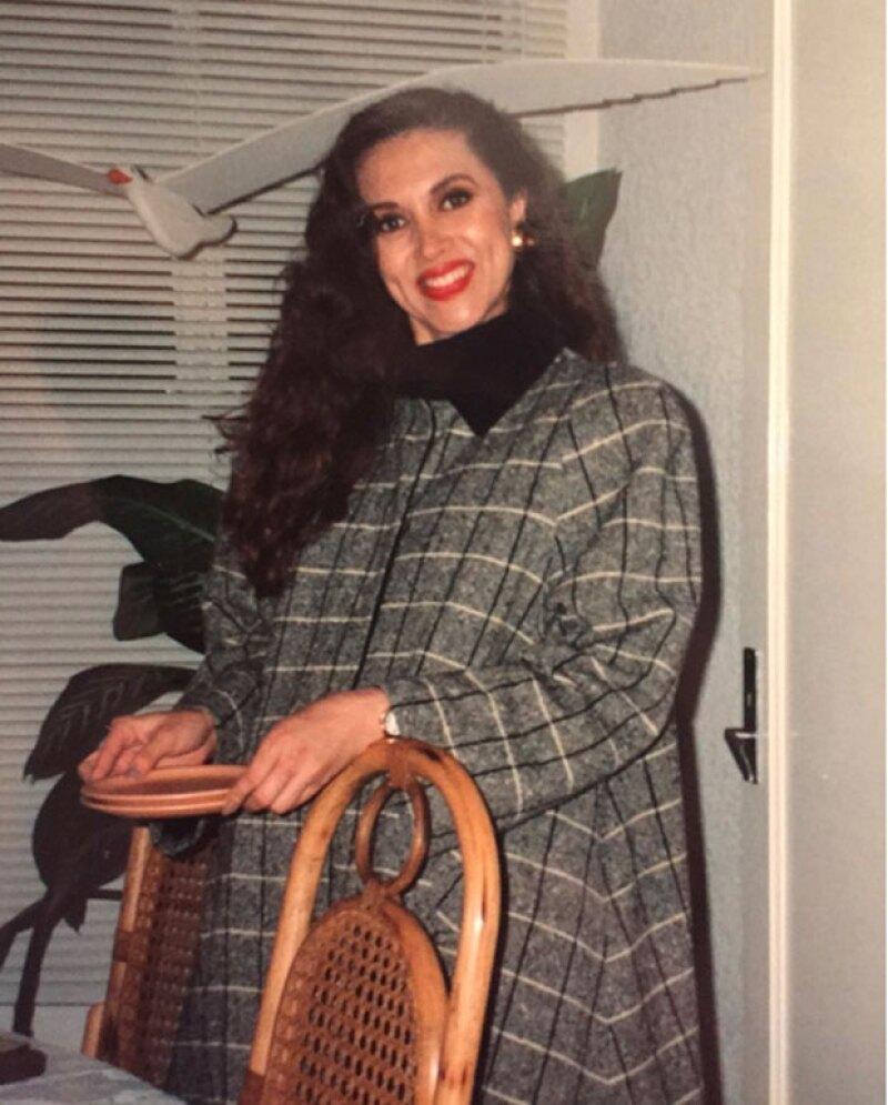 Con esta fotografía, Glenda recordó su embarazo y los días previos al nacimiento de Eiza.