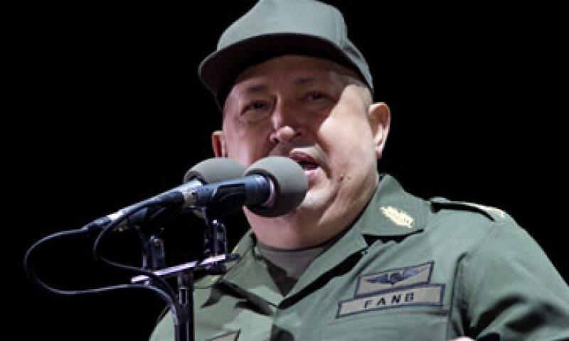 Hugo Chávez comparó los precios que tiene un tubo dental de Colgate Palmolive en México y Venezuela. (Foto: AP)