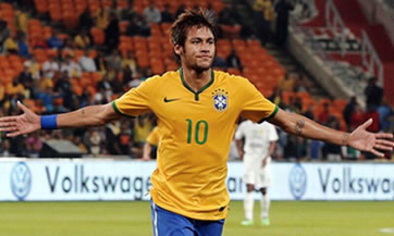 Nike estaba obligada a pagar 160 mdd a la selección brasileña en un lapso de 10 años. (Foto: Reuters)