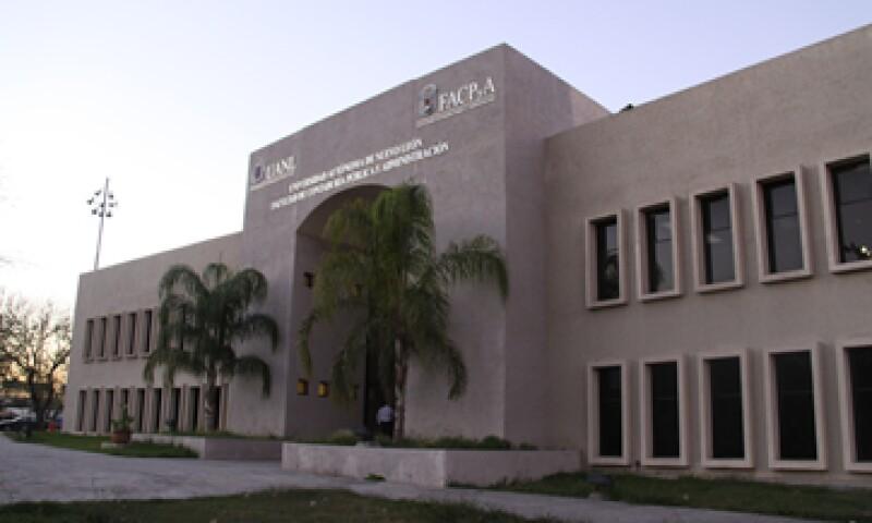 El costo del MBA en la Universidad Autónoma de Nuevo León es de 106,211 pesos. Gran parte de sus docentes trabaja en el sector privado en cargos de nivel gerencia o mayores. (Foto: Cortesía)