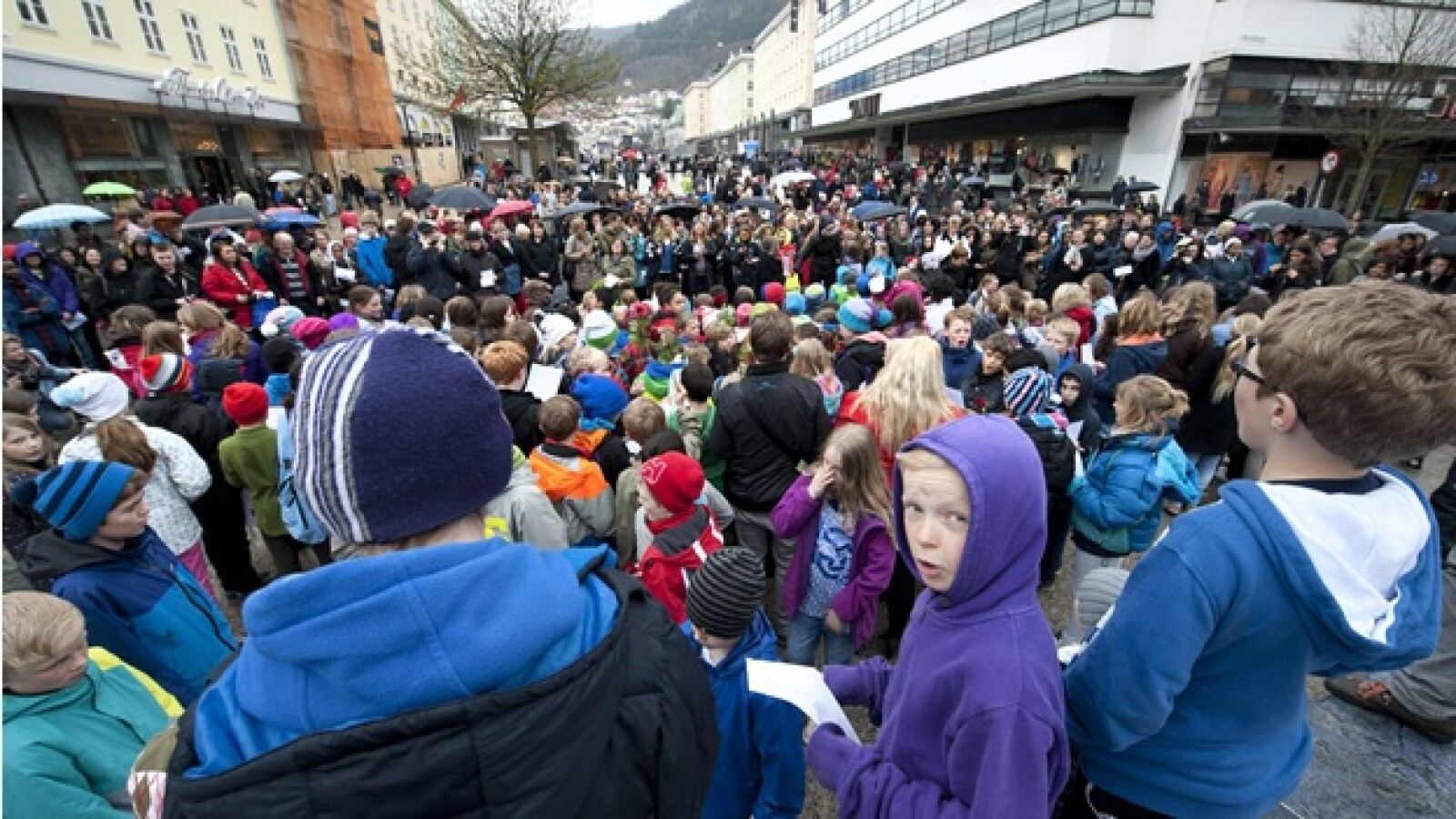 noruega protesta cancion breivik
