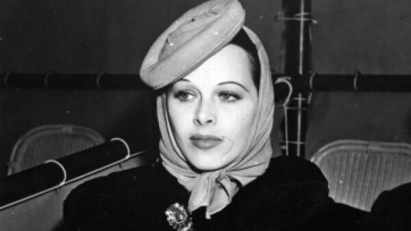 La actriz Hedy Lamarr inventó lo que sería el precursor del WiFi y Bluetooth. (Foto: Getty Images)