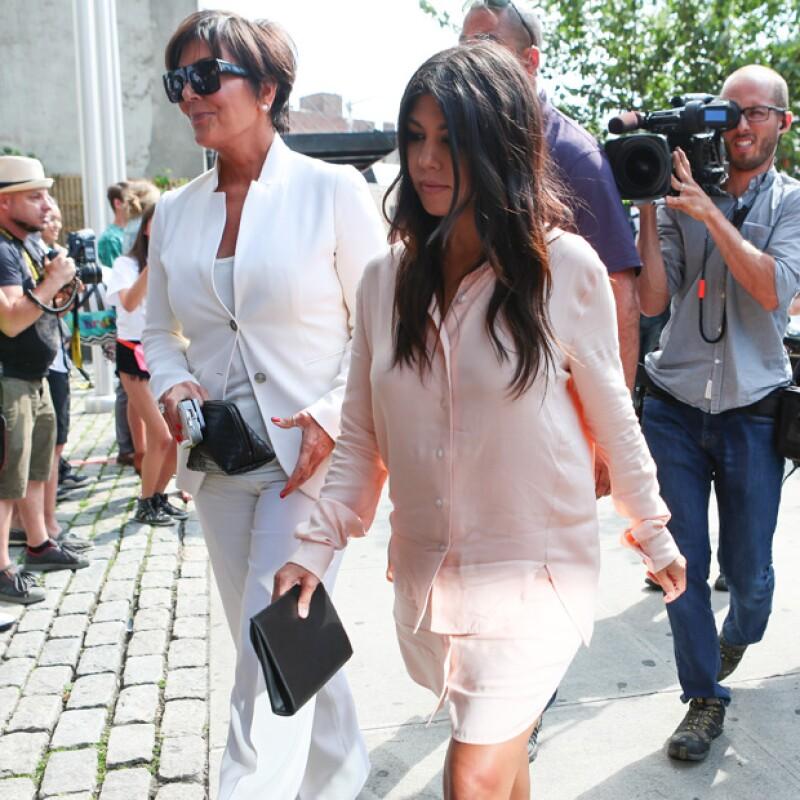La mamá de las Kardashian discutió con Kourtney ante su negativa de permitir que las cámaras grabaran el parto de su tercer hijo el pasado domingo para su reality show.
