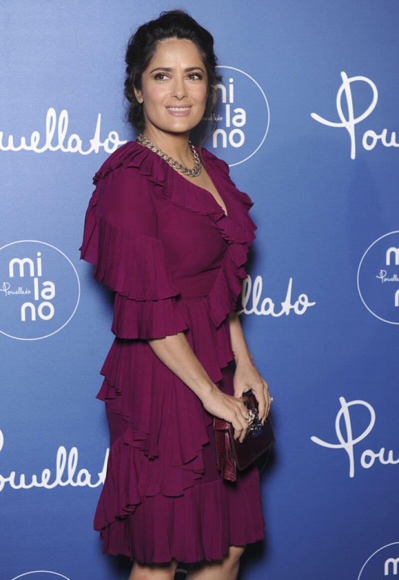 Durante la semana de la moda en Milán, Salma Hayek presentó la más reciente campaña de Pomellato, siendo ella la nueva cara de la firma.