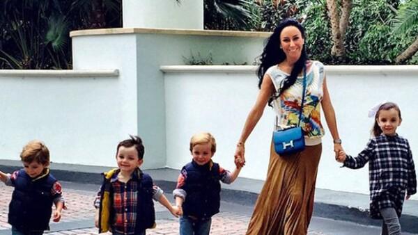Fuentes cercanas a la conductora han confirmado a Quién® que está en espera de un nuevo bebé, producto de su relación con Víctor Manuel Álvarez Puga.