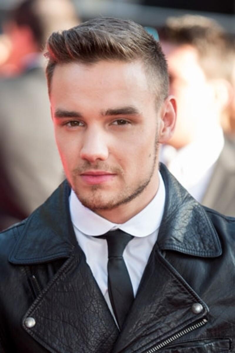 Ayer la agrupación One Direction ofreció un concierto en Australia, donde dicho integrante le dedicó unas emotivas palabras a su abuelo pues falleció ayer.