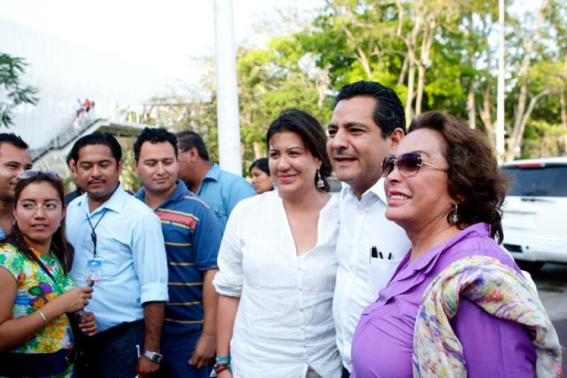La ex lideresa sindical dejó el hospital donde estaba recluida para asistir al funeral de su hija, en una funeraria de Cuajimalpa.