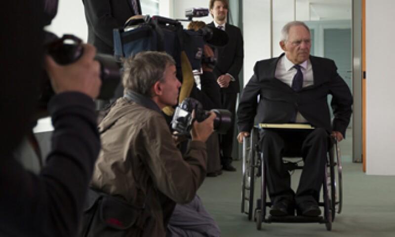 Wolfgang Schaeuble dijo que los bancos españoles ahora obtendrán el capital que necesitan. (Foto: Reuters)