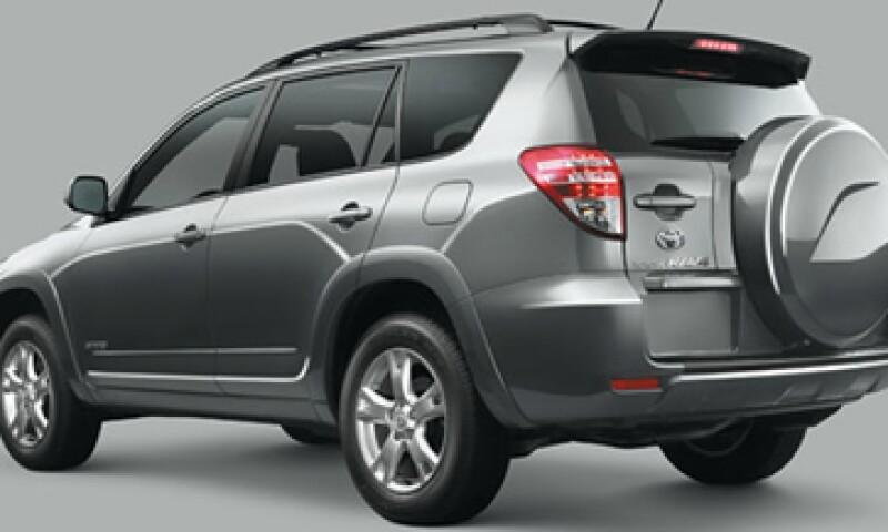 La compañía dijo que notificará a los propietarios de esos vehículos cuándo estará disponible la solución. (Foto: Tomada de toyota.com.mx)