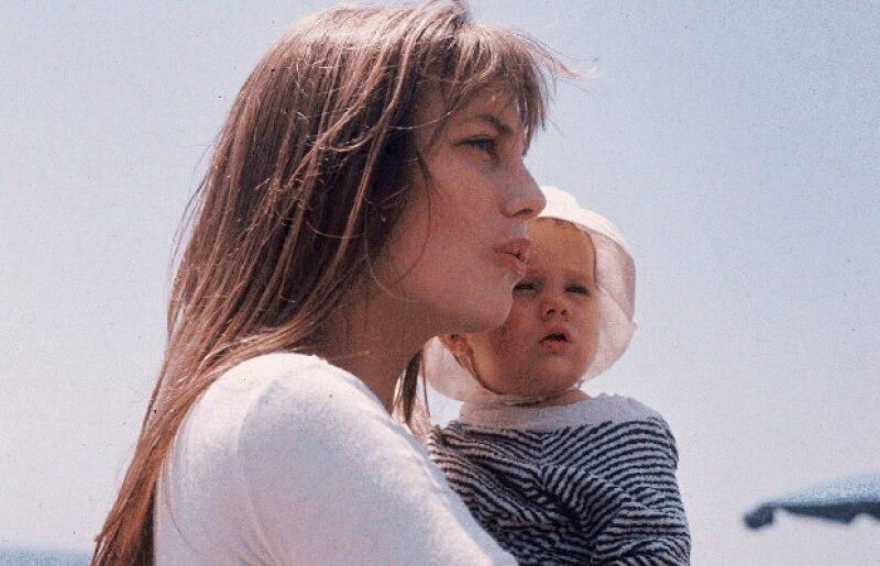 La edad perfecta para tener a tu primer hijo puede depender de muchos factores; sin embargo, tu cuerpo establece un rango de edad para permitirte ser madre primeriza y que no corras ningún riesgo.