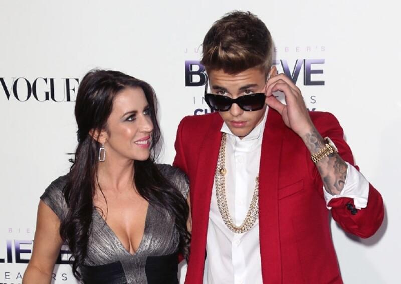 Los medicamentos que Justin mezcló con alcohol y marihuana la noche de ayer podrían haber sido prescritos por su madre o bien, él podría haberlos tomado sin su consentimiento.