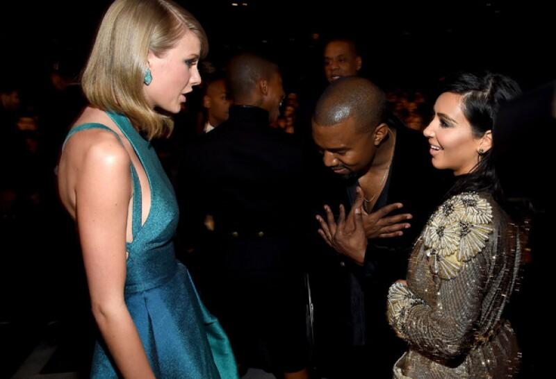 Un testigo asegura que la cantante recibió feliz los halagos y disculpas por parte del rapero en los Grammy, sin embargo no pudo evitar desilusionarse al ver que repitió su actitud con Beck.