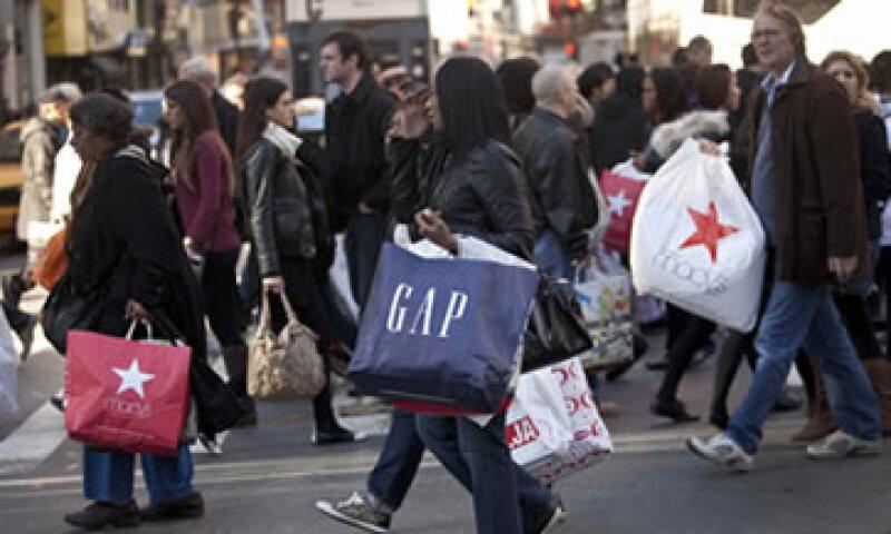 El gasto promedio para el fin de semana avanzó a 398.62 dólares por persona frente a los 365.34 dólares de 2010. (Foto: Reuters)