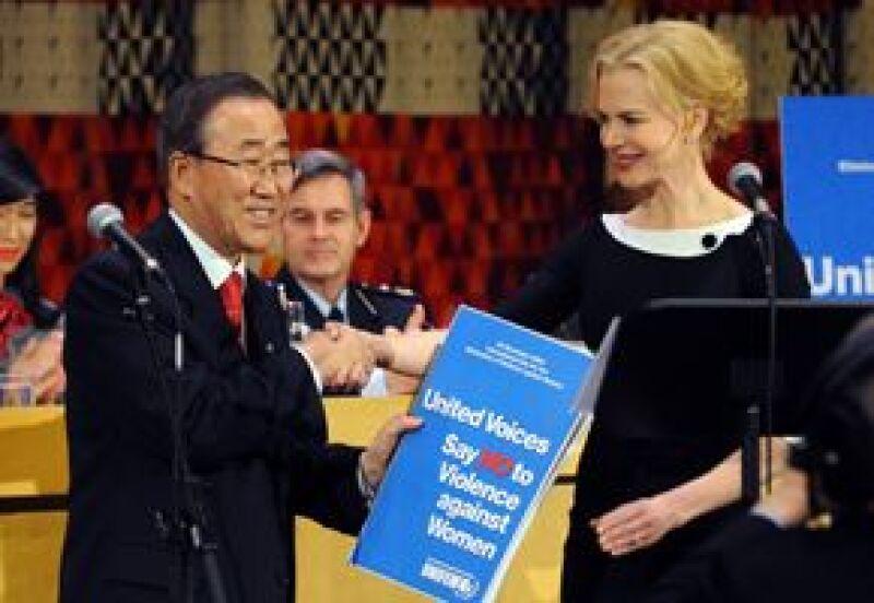 La actriz hizo un llamado a los gobiernos y a los ciudadanos a que se involucren en la misión para erradicar la violencia contra las mujeres.