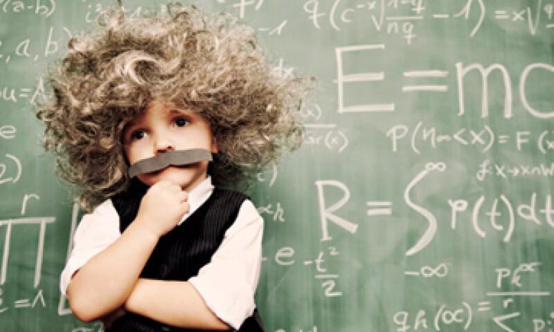 Adquiere tu seguro cuando tus hijos son más pequeños, pues te saldrá más barato. (Foto: Getty Images)