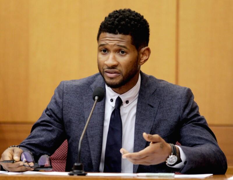 Luego de un largo proceso penal, el cantante recibió la tutela de sus dos pequeños Usher Raymond V y Naviyd Ely Raymond.