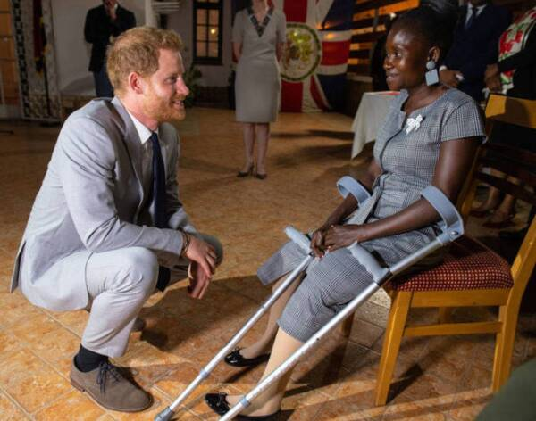 Príncipe Harry y Sandra Thijika