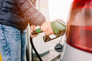 Al cierre de 2014, la gasolina Magna costará 13.31 pesos por litro. (Foto: Getty Images)