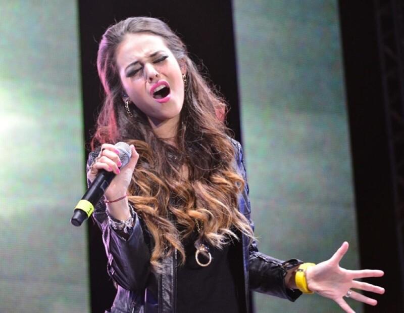La intérprete deleitó a sus fans con su nuevo sencillo.