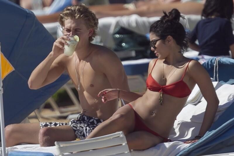 Vanessa lleva cuatro meses con su novio.