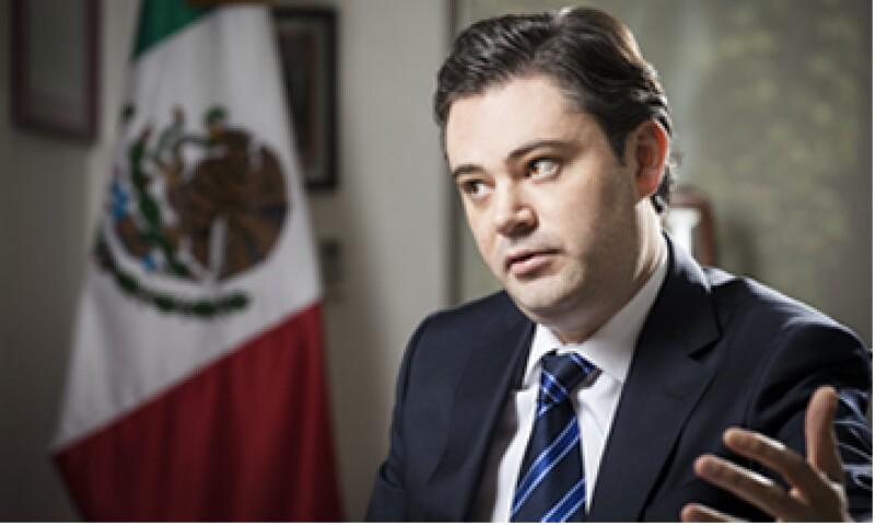 A los 20 años entró a la función pública como vicecoordinador de Planeación Estratégica del PRI en el Senado. (Foto: Carlos Aranda)
