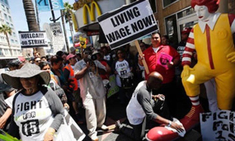 Las cadenas de comida rápida generalmente son uno de los grupos opositores a los aumentos salariales. (Foto: Getty Images)