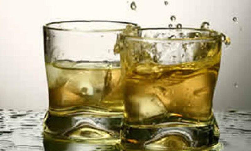 El mayor temor en la destilación del whisky es arriesgar mucho en un producto que tarda un lustro en añejarse.  (Foto: Archivo)