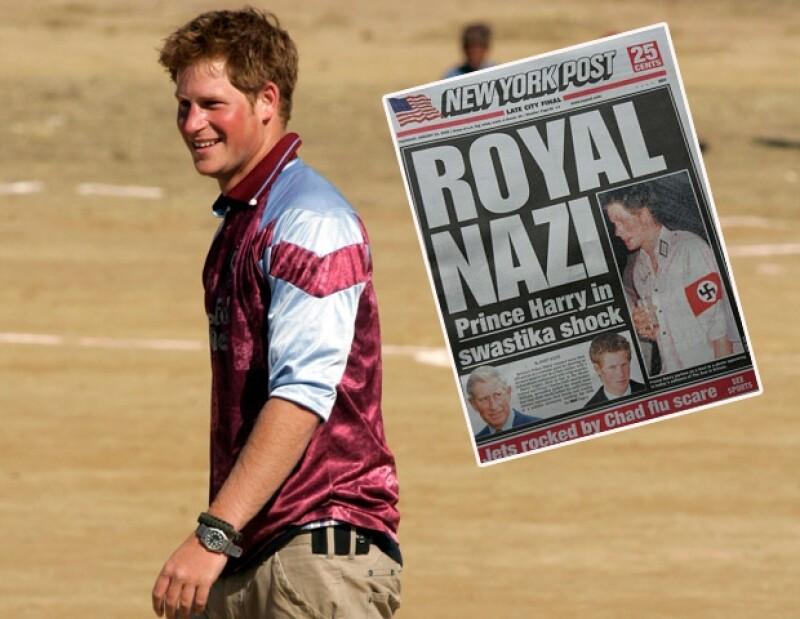 Cuando Harry se disfrazó de nazi, los periódicos de todo el mundo lo criticaron.