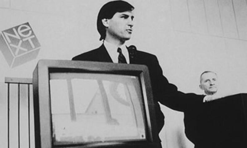 Steve Jobs en la presentación de su computadora Next en 1988. (Foto: AP)