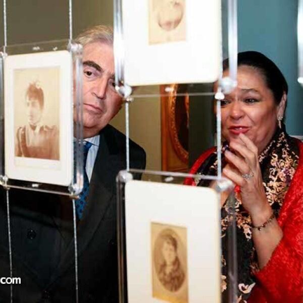 Rafael Tovar y de Teresa y Carmen Gaytán