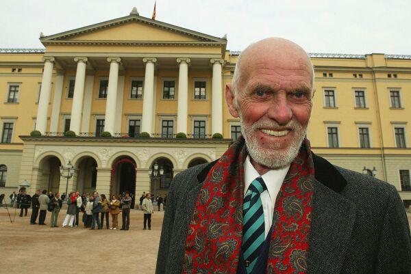 Sven O. Hoiby