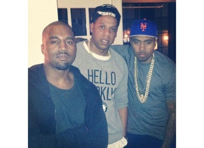 Kanye pasó su cumpleaños en compañía de sus amigos del medio.